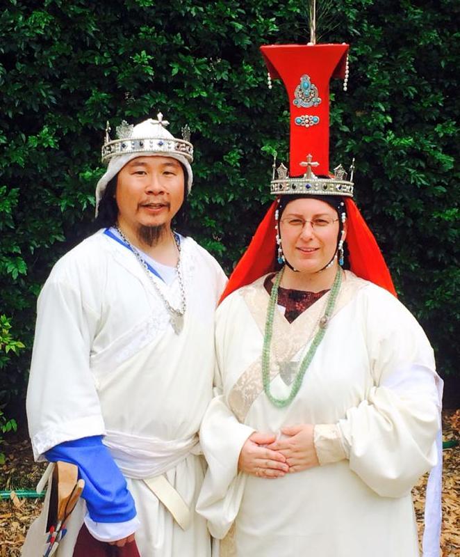 Khagan Kinggiyadai I and Yeke Khatun Altani I. Photo by TH Lady Ceara Shionnach, January 2015
