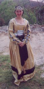 Liadan, 35th Princess of Lochac. Photo from archived Lochac websites.