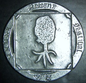 Rowany Festival event token from AS36 (2002). Photo by Baroness Medb ingen Iasachta April 2014