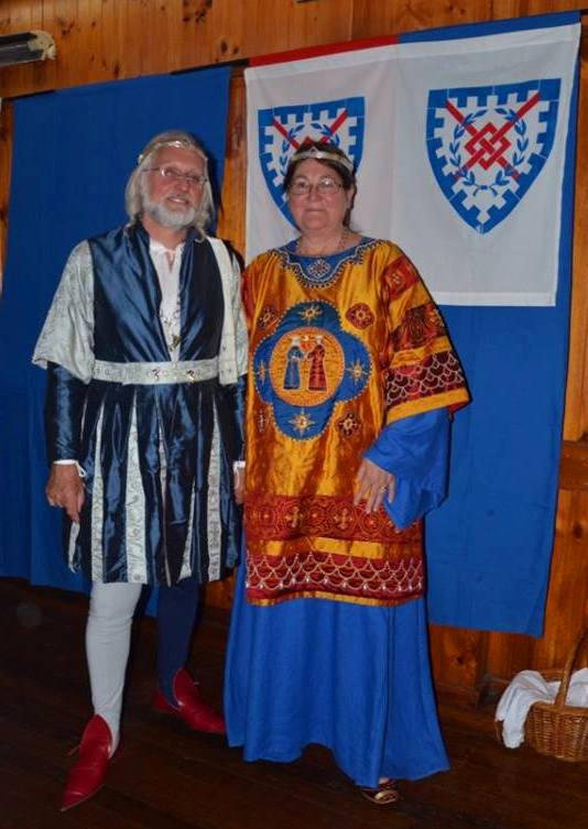 The outgoing Baron and Baroness of Innilgard at their stepdown - Baron Aylwin Greymane and Baroness Ingerith Ryzka. Photo by Lady Arganhell merch Briauc April 2014