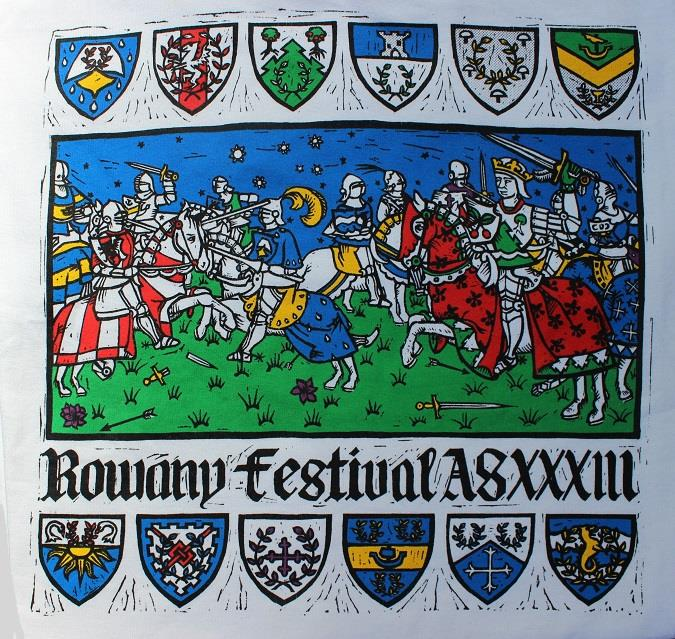 The Rowany Festival t-shirt design for AS33 depicted a battle between the baronies of Lochac. Photo and design by Lady Eloise Darnell