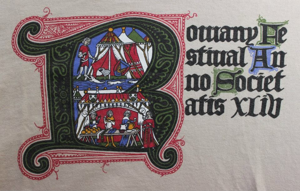 The Rowany Festival t-shirt design for AS44 is of an illuminated letter 'R'. Photo and design by Lady Eloise Darnell