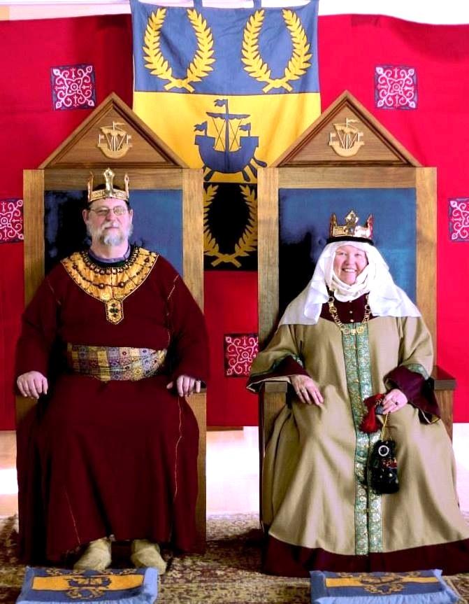 Hrölf Herjölfssen and Madelaine de Bourgogne, 6th Baron and Baroness of Ynys Fawr. Photo provided by Hrölf Herjölfssen.