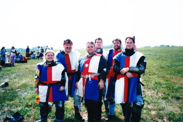 The Army of Lochac with Prince Alfar of Attica at Pennsic War 27 (AS 33, 1998). Photo by François Henri Guyon.