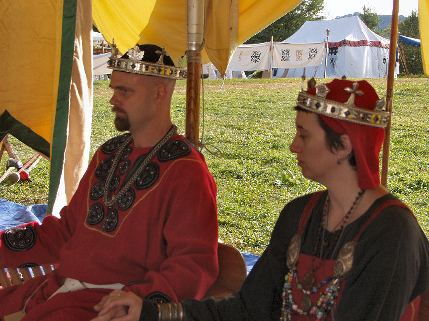 King Draco of Jorvik and Queen Asa Beiskalda at a West Kingdom Court at Pennsic War 35 (AS 41, 2006). Photo by Duchess Megan nic Alister.