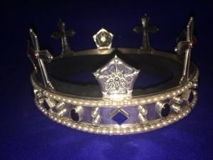 Queens Crown of Lochac, photo by TH Lady Ceara Shionnach.