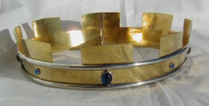 Example of an embattled coronet – a symbol of the County – photo by Lochac Regalia.