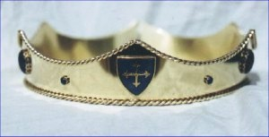 Example of a coronet with 6 low points – a symbol of the Court Barony – photo by Lochac Regalia.