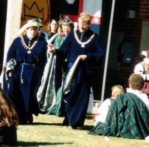 Osgot of Corfe and Esla of Ifeld, second Baron and Baroness of Innilgard. Photo at 12th Night in Politarchopolis 1997, photo by Master John of the Hills.