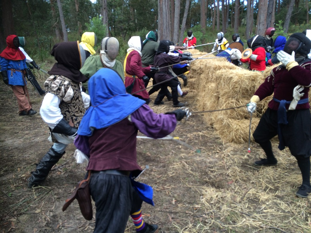 Rowany Festival's first rapier war. Photo by Dona Lindoret of Brynn Myrddin, April 2015.