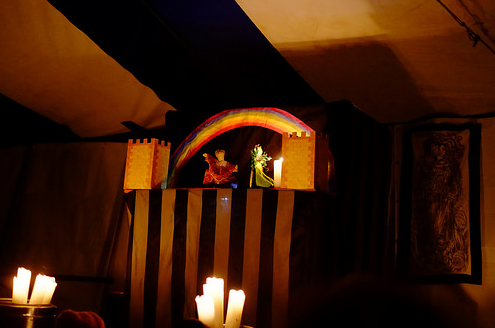 Rowan and Niccodemus' puppet show at Boars Head Theatre, Rowany Festival AS49. Photo by Lord Diego Escobar.