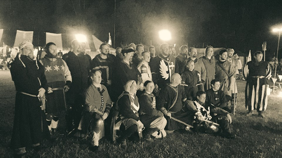 Entrants to the Flame Tournament. Photo by Lady Amalia del Benino, June 2015.