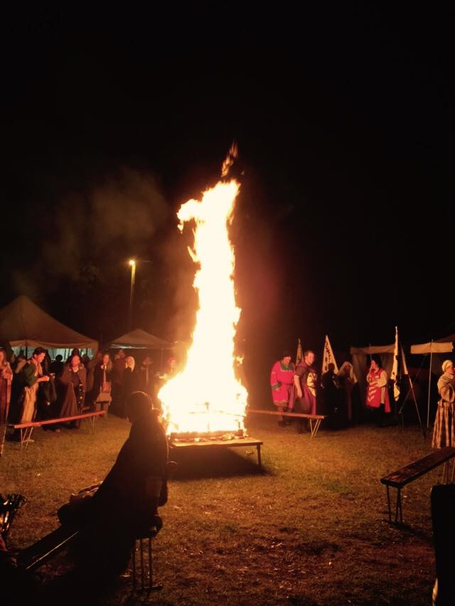 People gathering by the bonfire on Sunday night. Photo by Lady Amalia del Benino, June 2015.