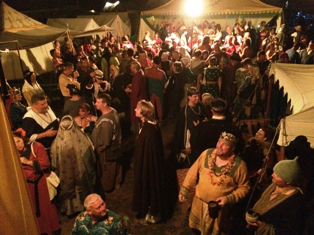 The West Kingdom's Viking Luau party attracted many Lochacian attendees, as well as guests from many other Kingdoms. Photo by THB Ceara Shionnach, August 2015.
