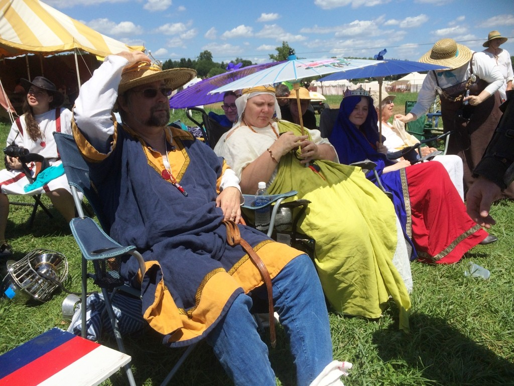Spectators at the Whack-a-Roo tourney. Photo by THB Ceara Shionnach, July 2015.