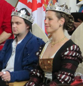 Felix I and Eva I at Twelfth Night Coronation AS47. Photo sourced from Lochac's Royalty pages.