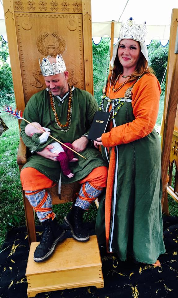 Their Royal Majesties Conrad and A'Isha, King and Queen of the Kingdom of Caid, with gifts from Lochac. Photo by Ceara Shionnach, June 2016.